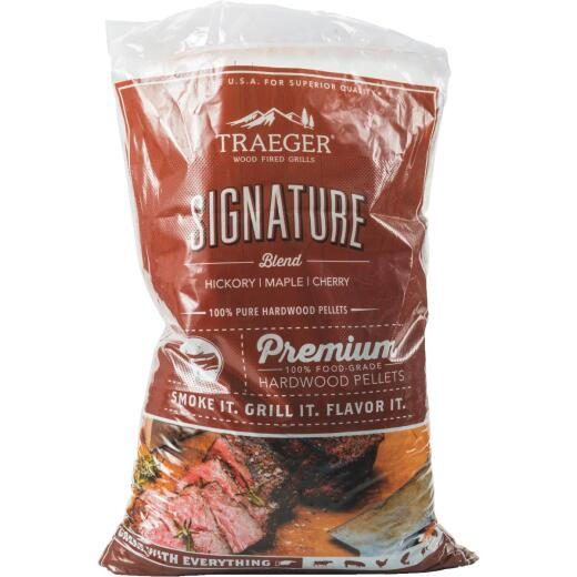 Traeger 20 Lb. Signature Blend Wood Pellet